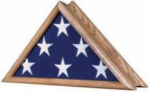 Vintage Oak Patriot Flag Case